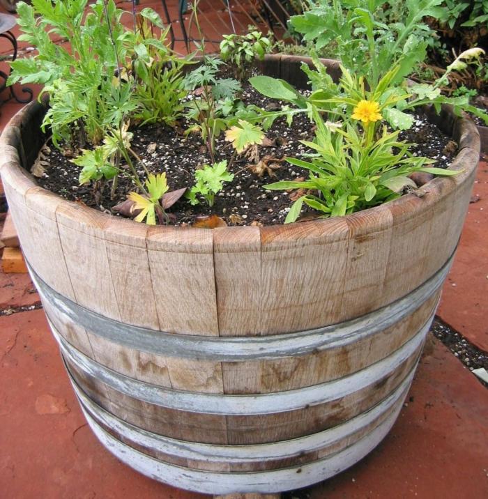 gartendeko ideen garten pflanzen fäßer pflanzengefäße