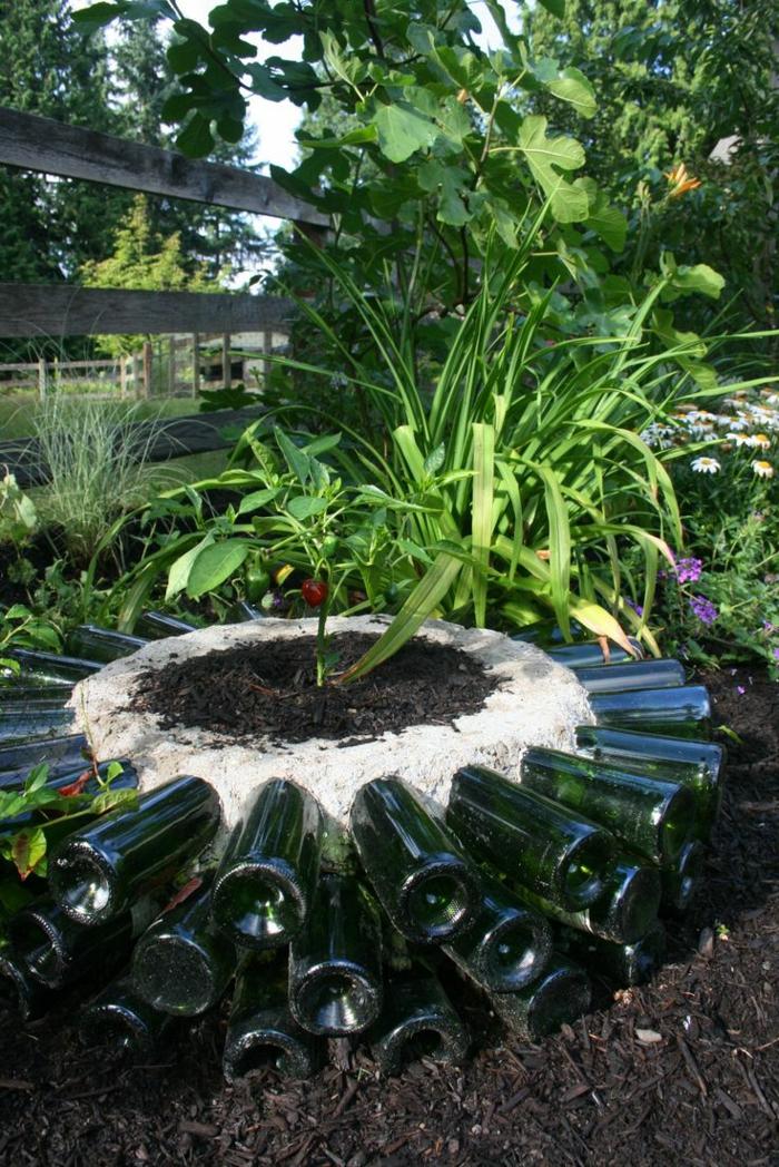 gartenideen flaschen wiederverwenden garten pflanzen