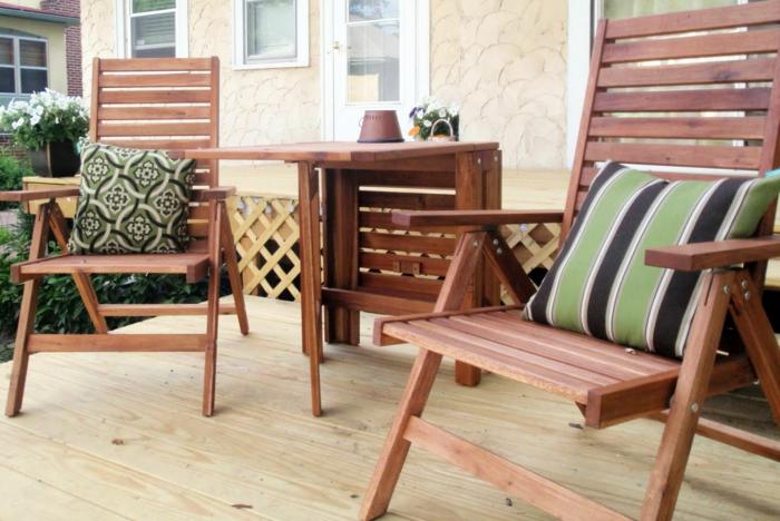 gartenmöbel design hölzmöbel dekokissen gartenpflanzen