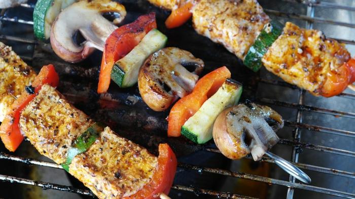 gartenzeit gartenparty grillparty grillen gesund fleisch pilze gemüse
