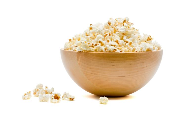 gesund schlafen popcorn essen gesundheit lifestyle