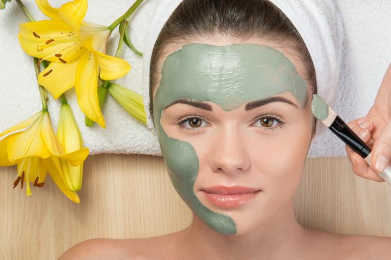 grüne Tonerde Maske Schönheit Tipps aus der Natur
