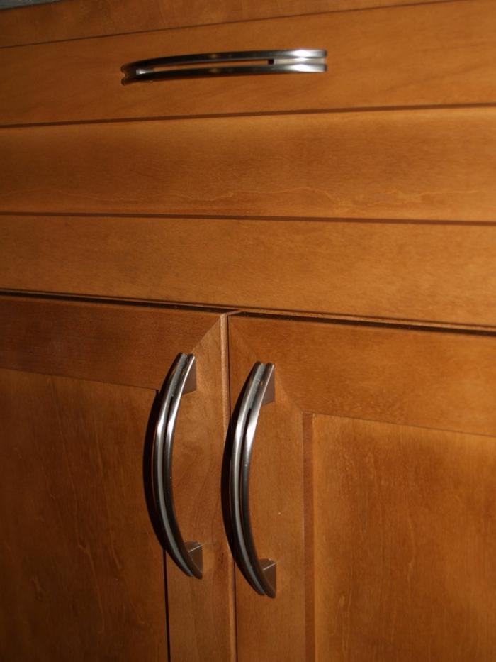 griffe f r k chenschr nke fast unsichtbar aber tats chlich da. Black Bedroom Furniture Sets. Home Design Ideas