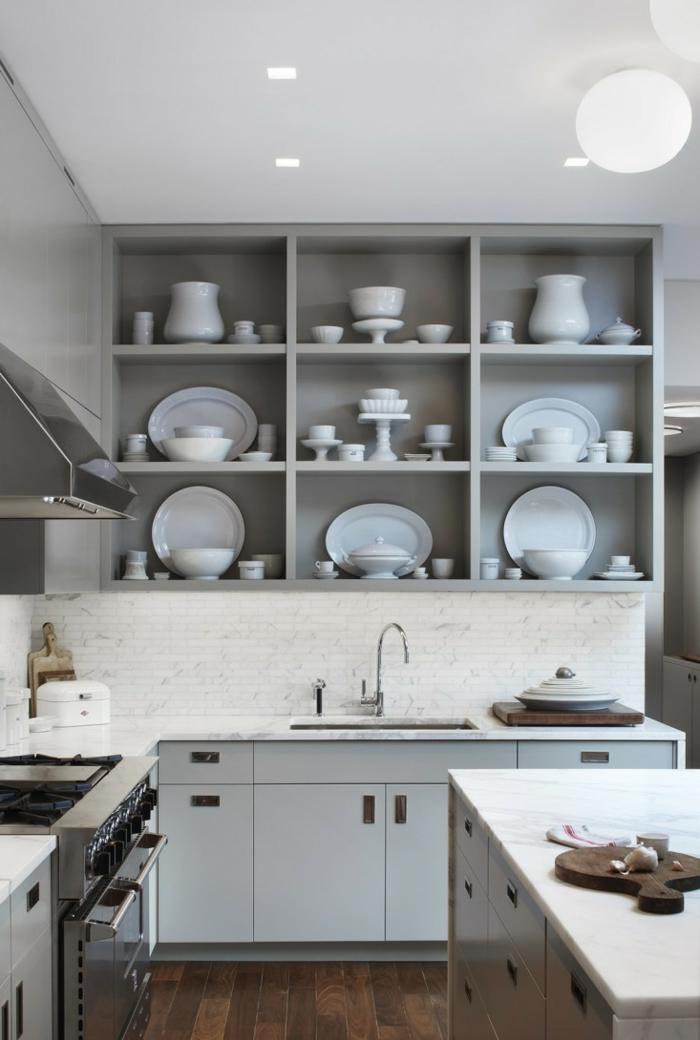 griffe für küchenschränke hellgraue küchenschränke holzboden offene regale