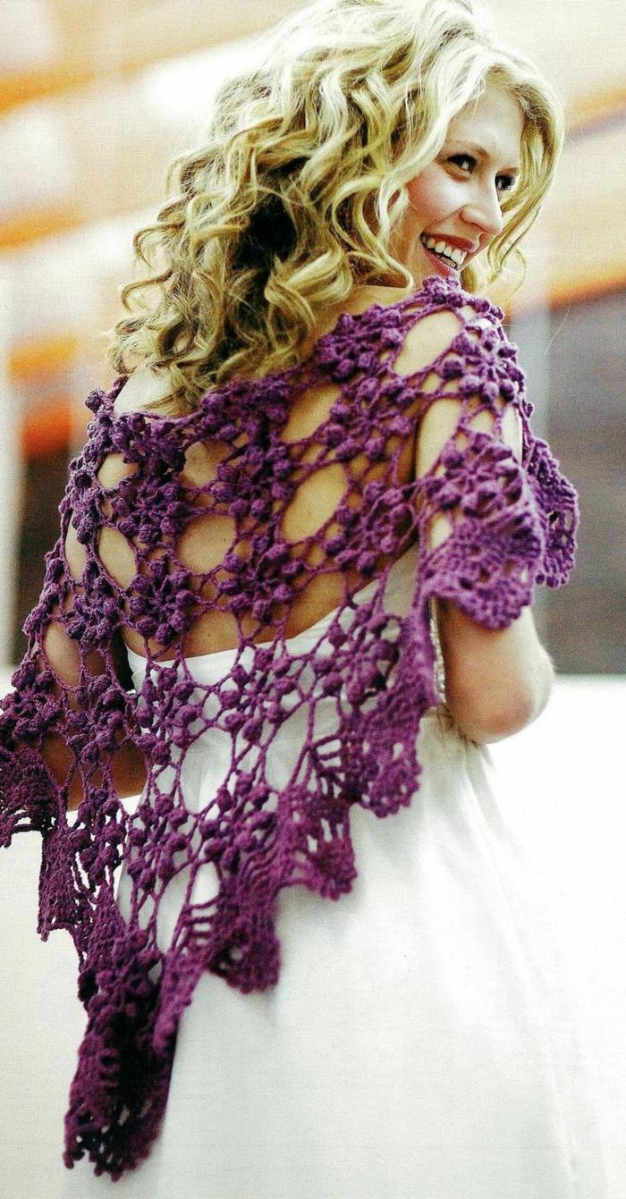 häkeln ideen mode schal lila weißes kleid