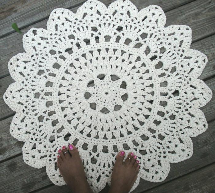 häkeln ideen teppich häkeln rundes design weiß