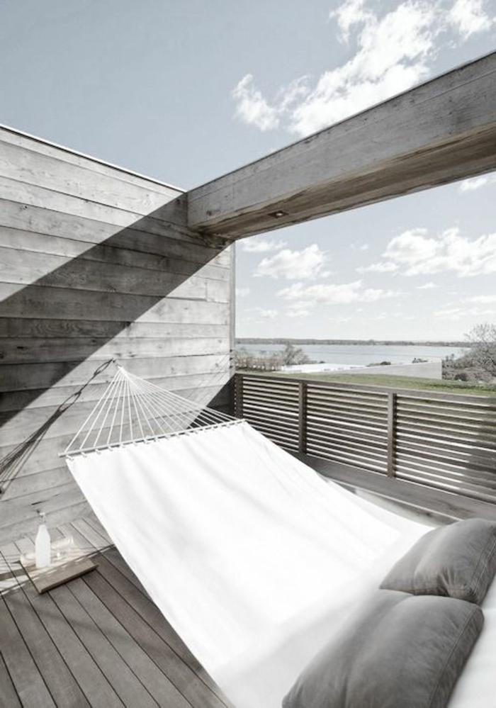 hängematte balkon erholung sommer einrichtungsideen