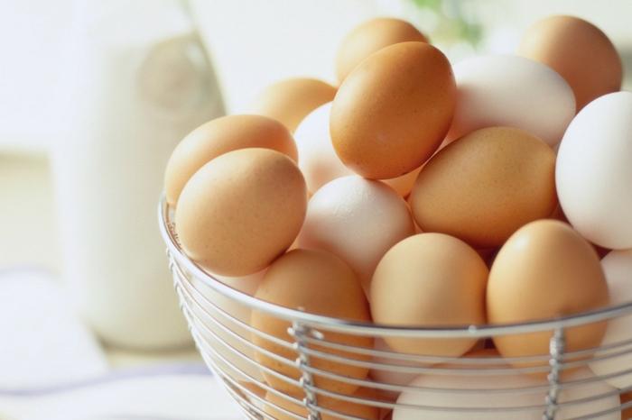 haarkur selber machen haarpflegetipps eier waschen kämmen eier