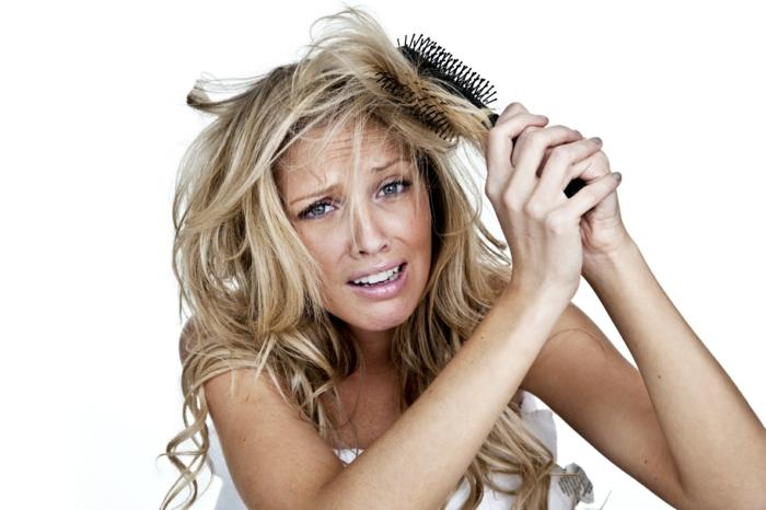 haarpflege tipps shampoo maske glatt spitzen blond