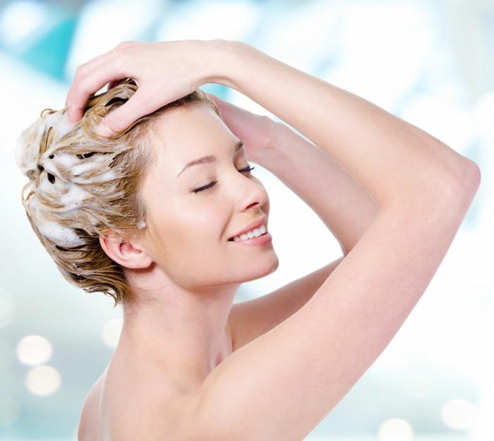 haarpflege tipps shampoo maske glatt spitzen schneiden trockenes haar