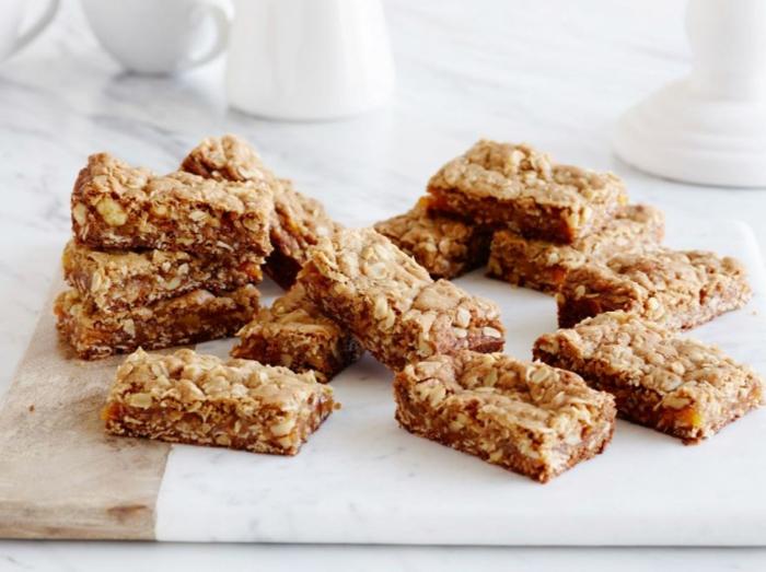 Frühstücksideen haferflocken gesund am stiel kekse blaubeeren chia schnitten