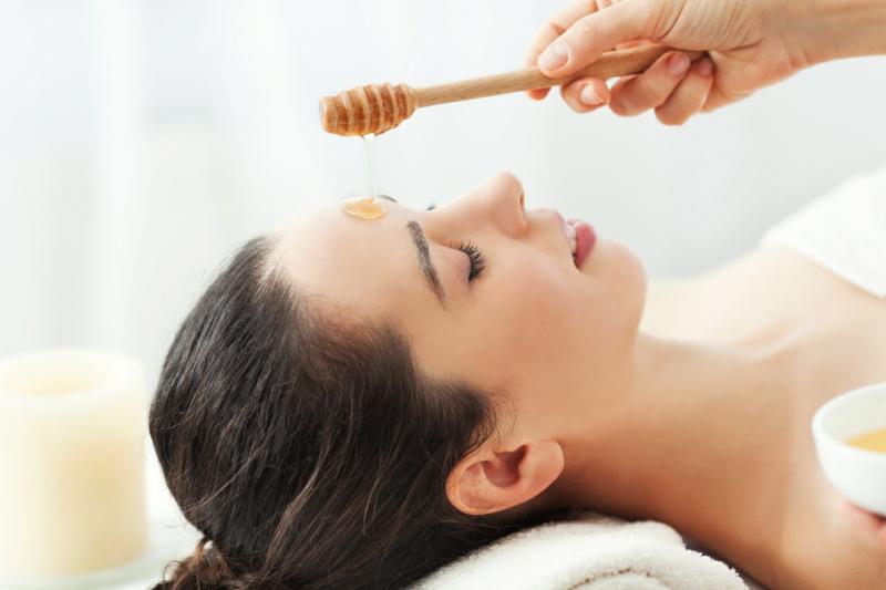 ist-Honig-gesund-Gesichtsmassage-Gesichtsmaske-Honig-Wirkung