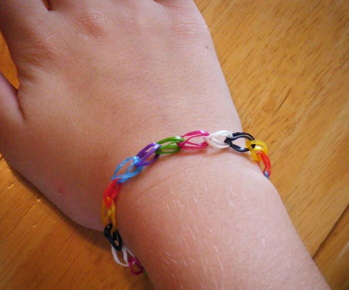 kleine geschenke selber machen farbiger armband diy ideen