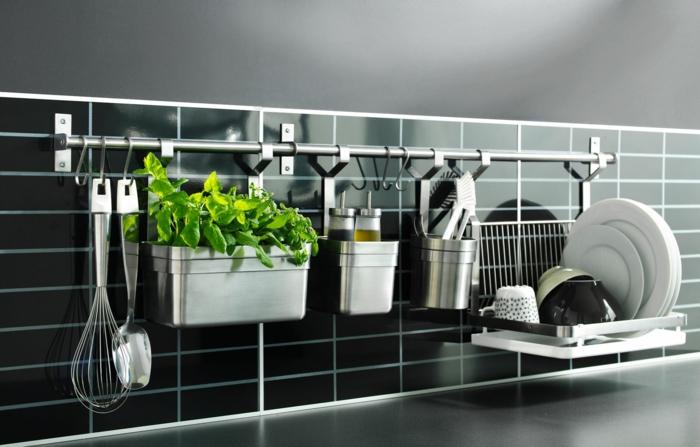 kleine küche einrichten optimale raumnutzung ikea stange