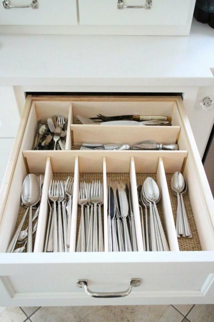 kleine küche einrichten optimale raumnutzung schublade klassischs