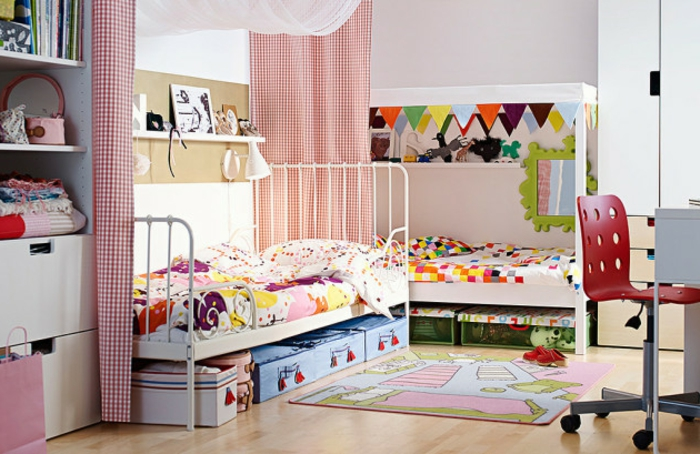 möbel kinderzimmer farbige gardinen schöne bettwäsche stauraum ideen