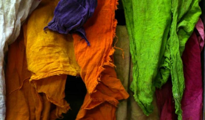 nachhaltige mode ökologisch kleidung vegane mode ökologisch Nachhaltigkeit färbung