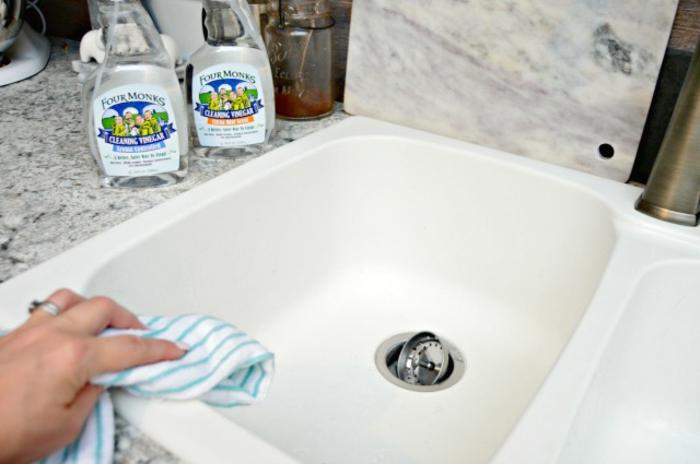 omas hausmittel frag oma was die Großmutter noch wußte waschbecken reinigen2