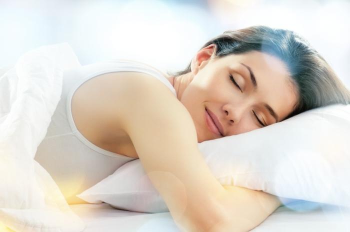 schlaflosigkeit bekämpfen gesunden schlaf genießen tipps