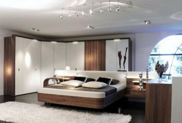 schlafzimmer einrichten kleiderschrank weiß holz hochflorteppich