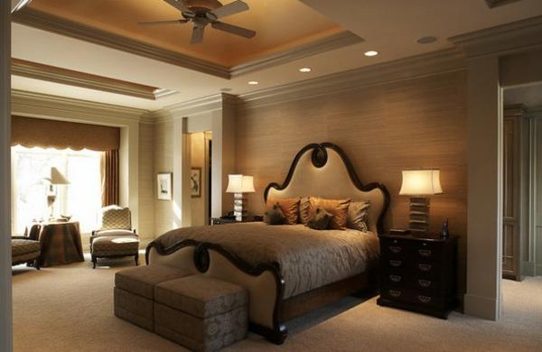 schlafzimmer einrichten doppelbett neutrale farben doppelbett sitzhocker sessel
