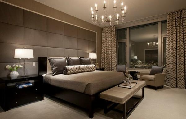 schlafzimmer einrichten farbtöne kronleuchter wandgestaltung polster