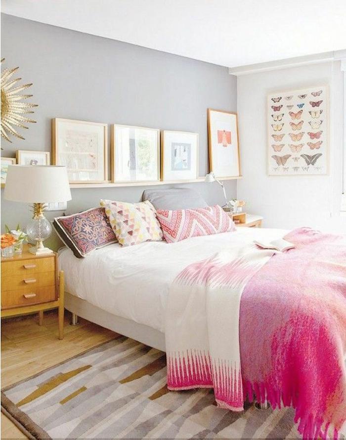schlafzimmer einrichten pastellfarben goldene elemente hellgraue wände