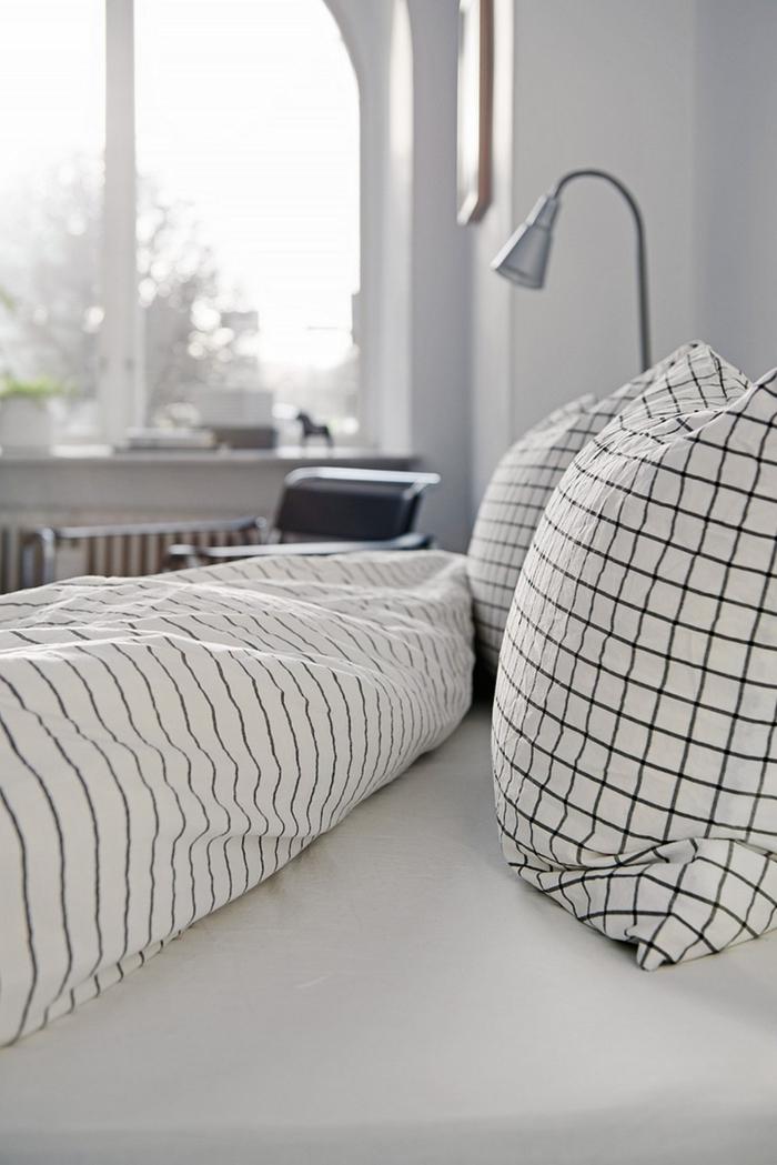 schlafzimmer schwarz weiß bettwäsche muster