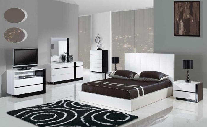 schlafzimmer schwarz weiß hellgraue wände braune akzente