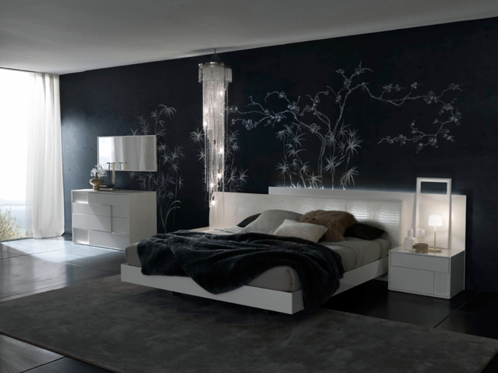 schlafzimmer schwarz weiß weiße möbel schwrze schlafzimmerwand grauer teppich