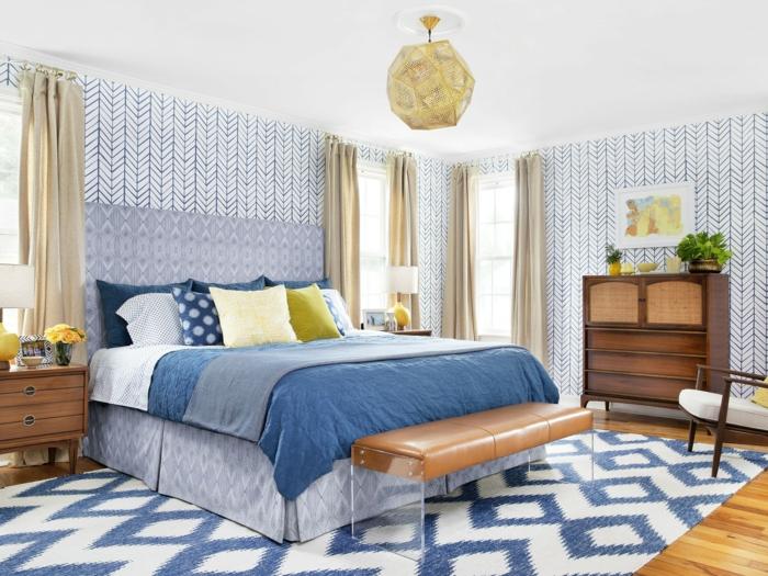 schlafzimmer tapeten schönes muster coole schlafzimmerbank goldene ...