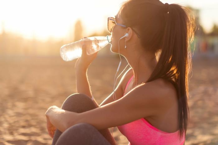 schnell und gesund abnehmen wasser treinke vor dem essen
