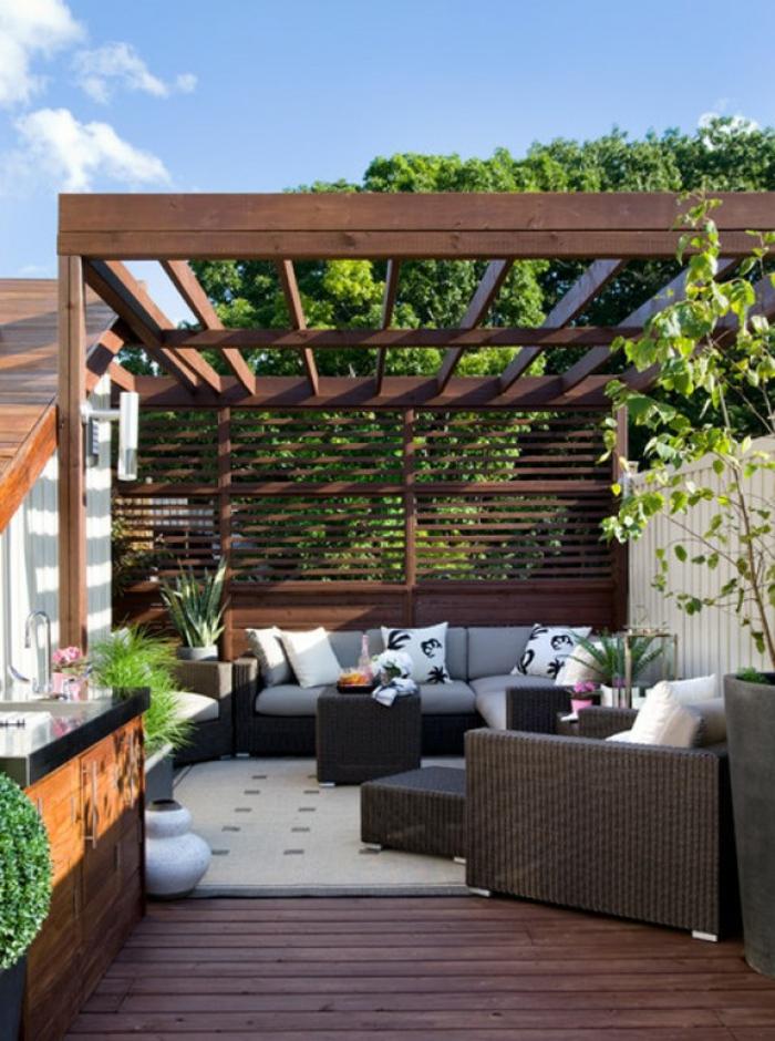 terrassenüberdachung moderne erholungsecke gestalten gemütlich