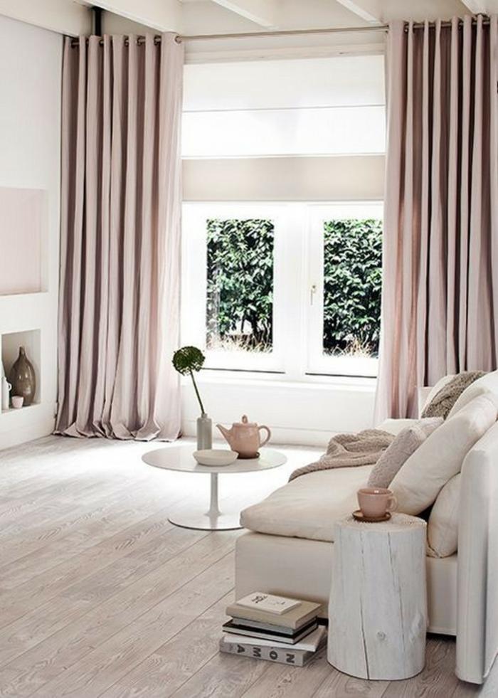 wandfarbe rosa vorhänge naturholz beistelltisch couchtisch sofa parkett