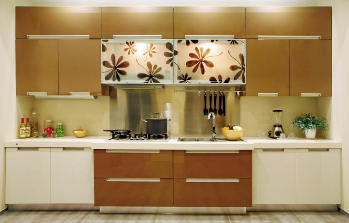 wohnideen küche griffe moderne küchenschränke pflanze