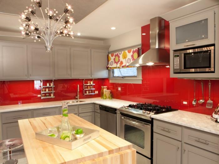 wohnideen küche küchenspiegel rot stilvoll leuchter kücheninsel