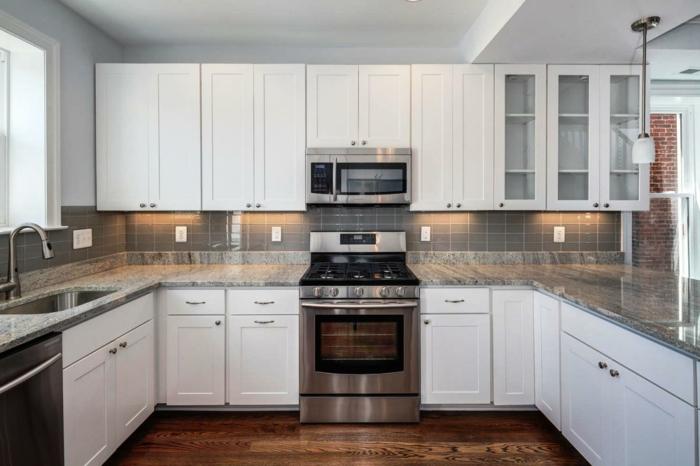 wohnideen küche knöpfe weiße küchenschränke handgriffe