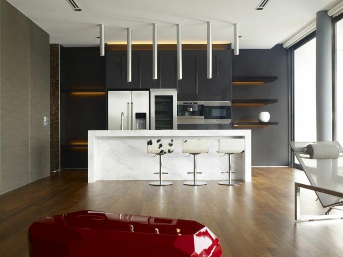 wohnideen küche offener wohnplan weiße kücheninsel pendelleuchten