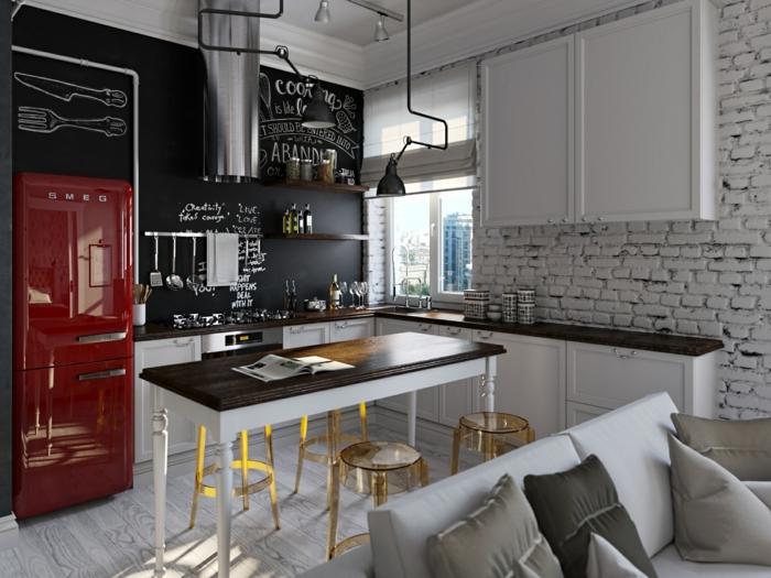 wohnideen küche schwarze wandtafel roter kühlschrank offener wohnplan