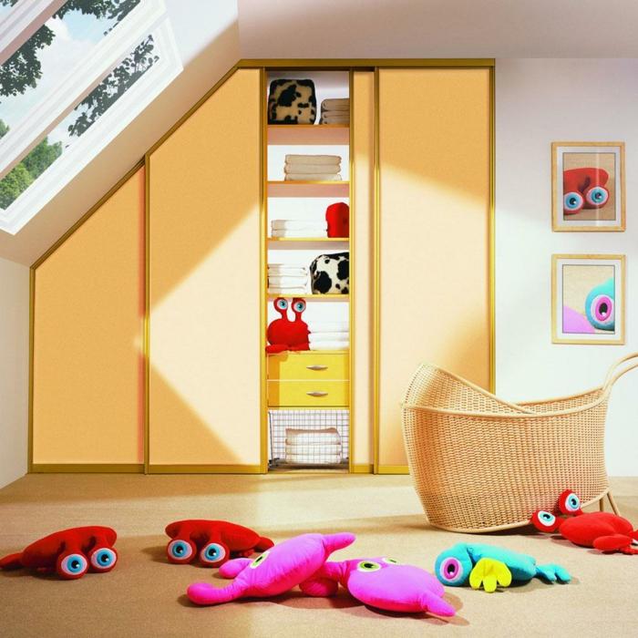 wohnideen kinderzimmer dachschräge funktionale möbel kleiderschrank schiebetüren spielzeuge