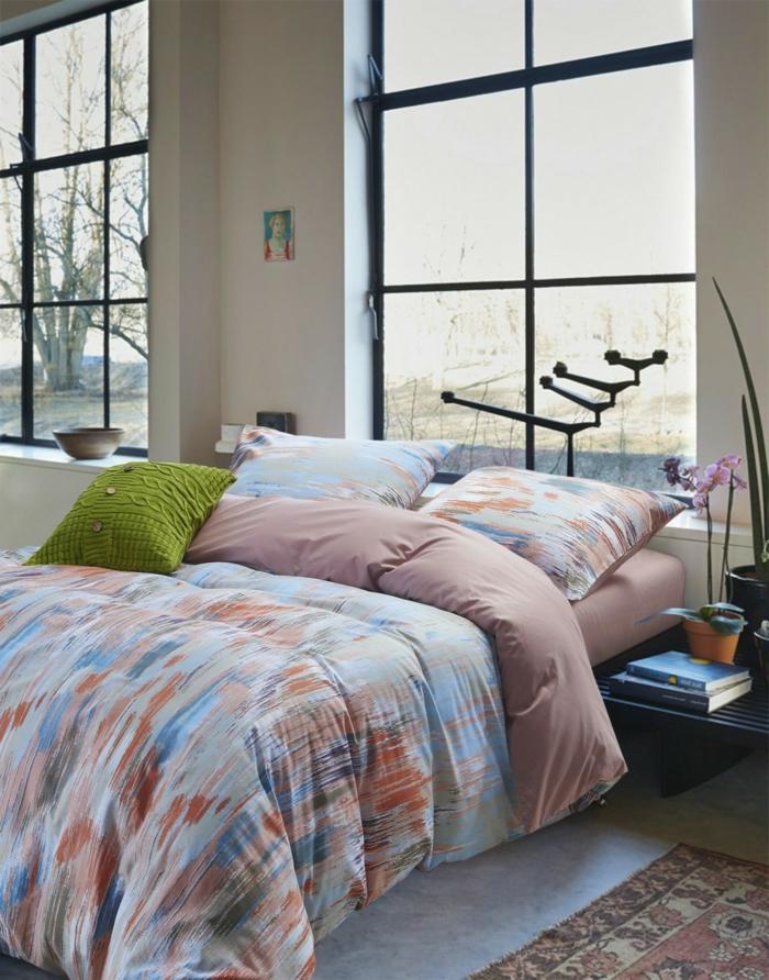 wohnideen schlafzimmer pflanzen fenster teppich