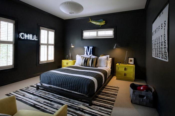 wohnideen schlafzimmer schwarze wände dunkler teppich gelbe nachttische