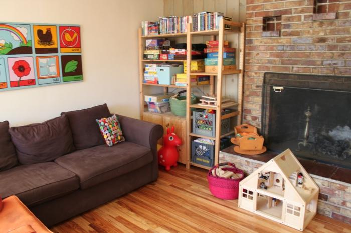 Wohnzimmer Einrichten Braunes Wohnzimmersofa Kamin Spielzeuge