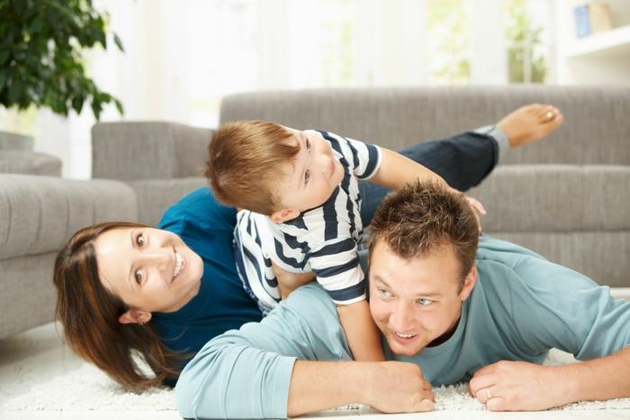 Wohnzimmer Einrichten Spielbereich Kinder Spielen Familie