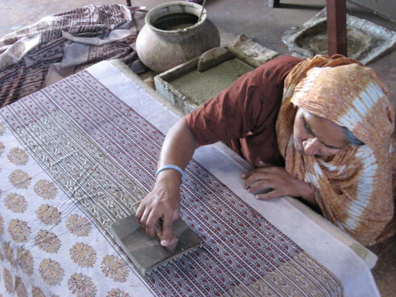 Fair Trade Kleidung Stoffe bedrücken nachhaltige Mode