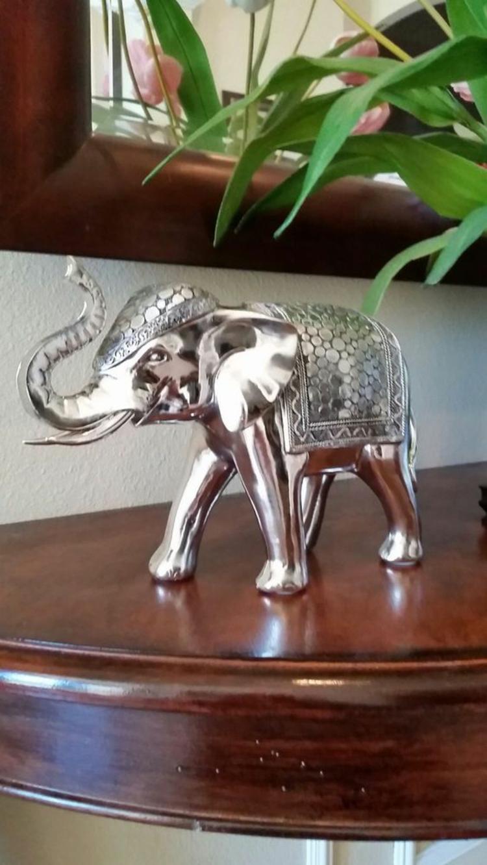 Feng Shui Bilder Elefant Statue Glücksbringer positive Energie