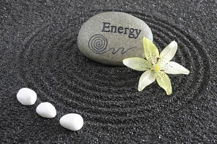 Feng Shui Bilder Flusssteine positive Energie