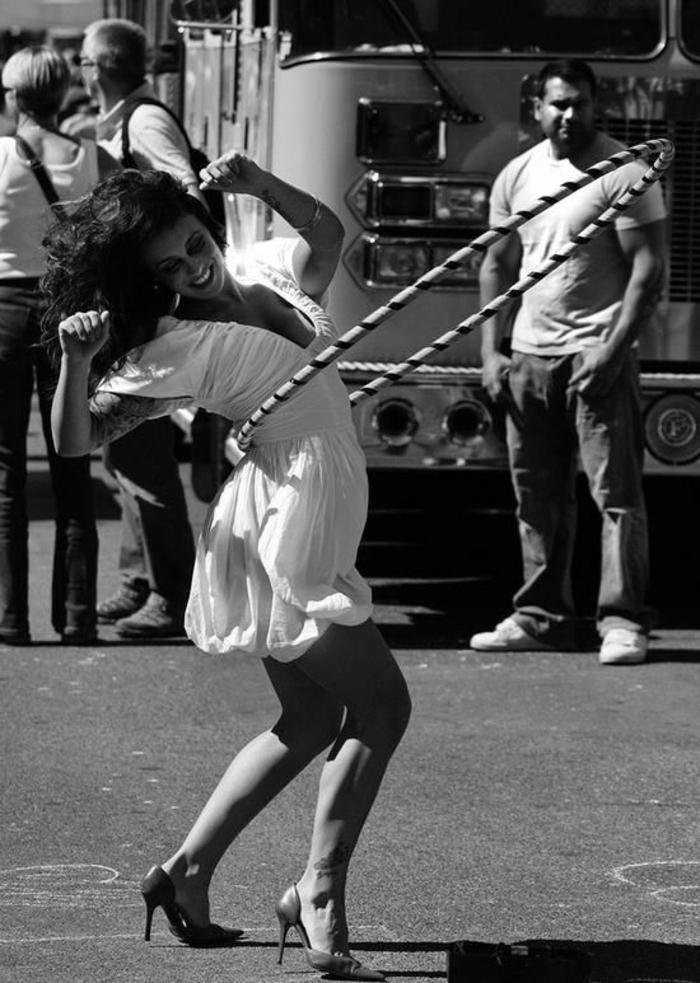 Hula Hoop abnehmen Tipps Spaß haben gesund abnehmen