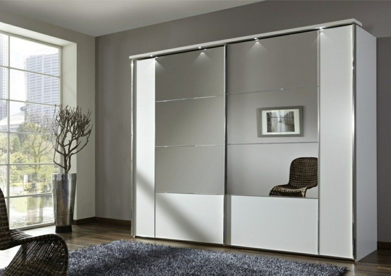 kleiderschrank spiegel modern. Black Bedroom Furniture Sets. Home Design Ideas