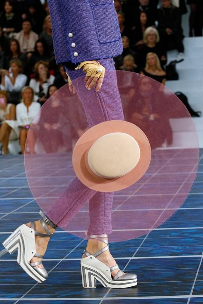 Modetrends durchsichtige Kleider Sommerhut